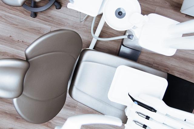 zubní křeslo
